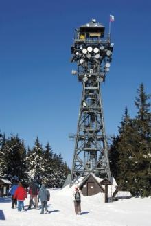 Rozhledna na vrcholu Černé hory (1299 m n. m.), foto: Archiv Vydavatelství MCU s.r.o.